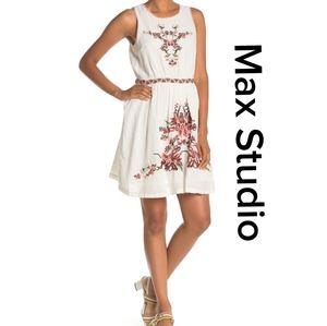 NWT Max Studio Sleeveless Embroidered Dress
